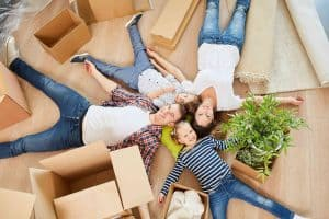 blog post on how to downsize and declutter